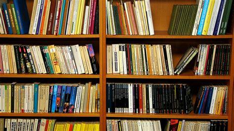 Bookshelf Wallpapers Group (33