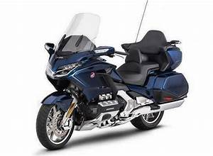 Goldwing 1800 2018 : all new 2018 honda gold wing f6b changes pictures leaked 2018 motorcycle news honda pro ~ Medecine-chirurgie-esthetiques.com Avis de Voitures