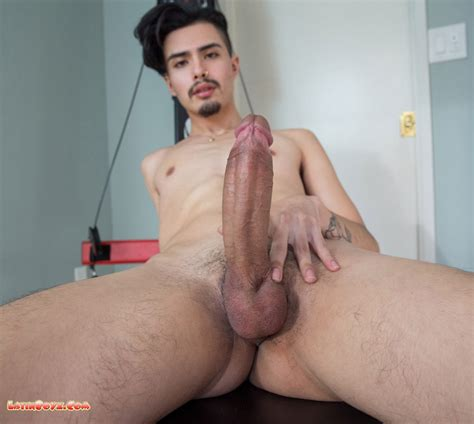 we love big latino cocks chico valle male latino models