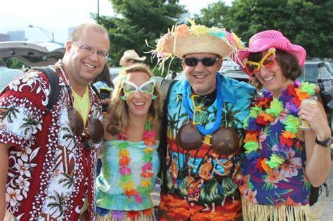 jimmy buffett fan club jimmy buffett fans find paradise at northerly island