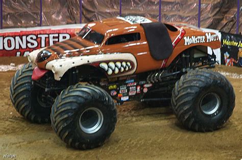 how long is the monster truck show monster truck show
