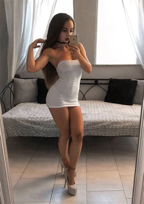 Pin On Sexy Babes Selfies
