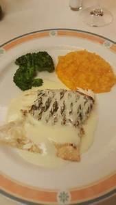 Risotto Mit Fisch : fisch mit risotto bild von wirtschaft zur hohe zollikon ~ Lizthompson.info Haus und Dekorationen