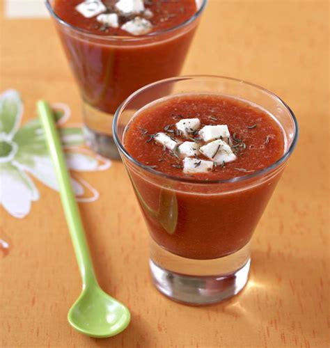 Gaspacho de tomates et poivrons à la feta - les meilleures