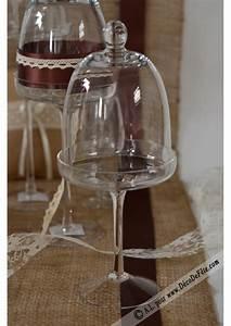 Cloche Verre Deco : 1 choche en verre sur pied 30cm ~ Teatrodelosmanantiales.com Idées de Décoration