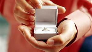 top 6 engagement wedding planning budget tips abc news With wedding proposal rings