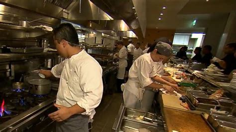 Chef Wolfgang Puck Gives 'GMA' the Keys to Spago's Kitchen