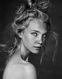 7 of the Best Poses for Female Models | Female models ...