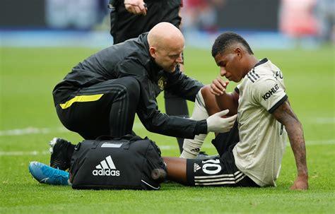 Manchester United striker Marcus Rashford suffers injury ...