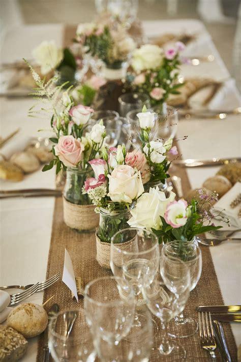 bocaux decores  fleuris pour mariage champetre chic