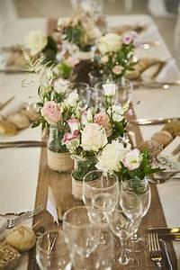 Table Mariage Champetre : bocaux d cor s et fleuris pour mariage champ tre chic ~ Melissatoandfro.com Idées de Décoration
