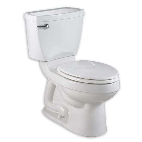 Champion 4 Right Height Elongated Toilet  16 Gpf