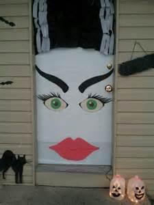 bride of frankenstein door decorations for halloween this