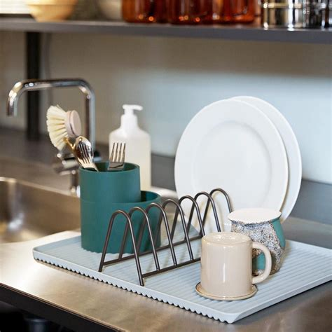 dish drainer comprises  set  everyday washing  essentials  contrasting shapes  colours