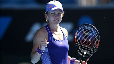 Simona Halep beats her racquet up - YouTube