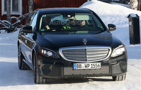 facelifted  mercedes benz  class spied