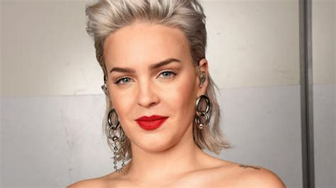 Anne-marie Previews New Song 'dear Mrs Prime Minister