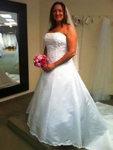 street size 14 16 in wedding dress pictures weddingbee With size 16 wedding dress