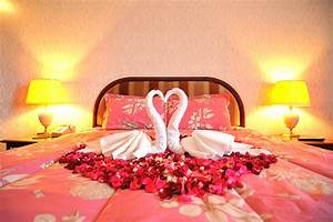 wedding room decoration tips for that perfect first night With honeymoon ideas in us