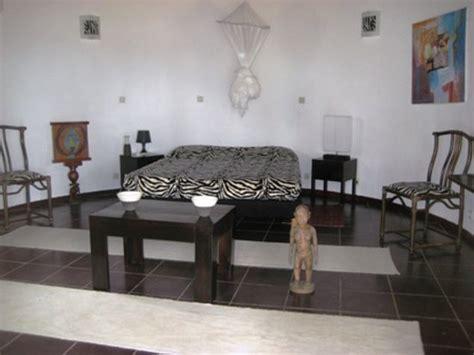 chambre zebre et la maison de la lagune hotel grand bassam côte d 39 ivoire