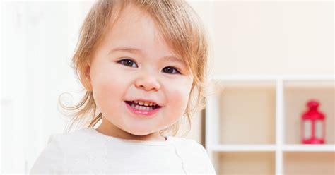 bureau bébé 18 mois le développement d 39 un bébé de 12 à 18 mois bébé 13 36