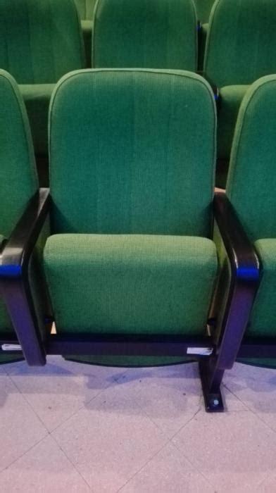 poltrone cinema usate offerte per poltrone usate sale cinema teatri caloi outlet