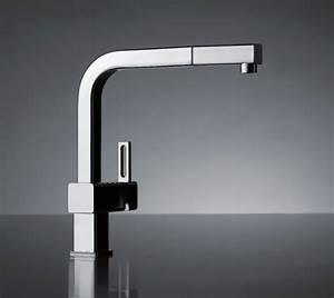 Robinet de salle de bain mitigeur a cascade avec led for Salle de bain design avec robinet salle de bain castorama