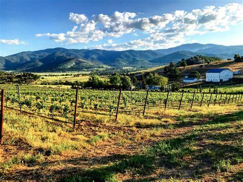 wine rogue valley region history brief oregon