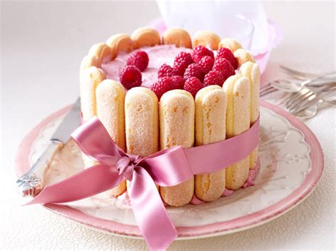 easy mothers day cake recipe  small raspberry