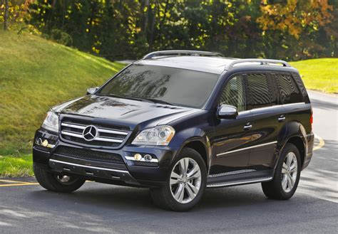 mercedes benz gl class features  price
