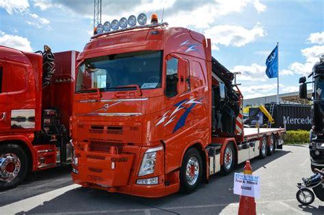 volvo trucks ab volvo fh kranbil med 4 axlar 6 st extraljus och