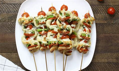 easy grilled pizza skewers tipbuzz