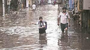 Heavy rain alert in Hyderabad; highways, railway tracks ...