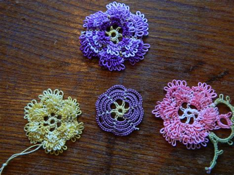 allisons tatted lace frilly roses