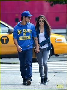 Taylor Lautner: Net worth, House, Car, Salary, Girlfriend ...