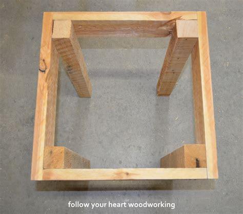 follow  heart woodworking pallet tables
