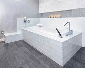 cool modern grey wood patterned vinyl floor tile