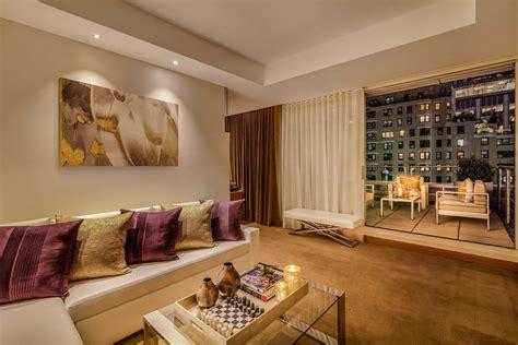 1 king and 1 queen bed 2 bedroom suite. One-Bedroom Suite With Terrace   NYC Luxury Hotel   Concorde