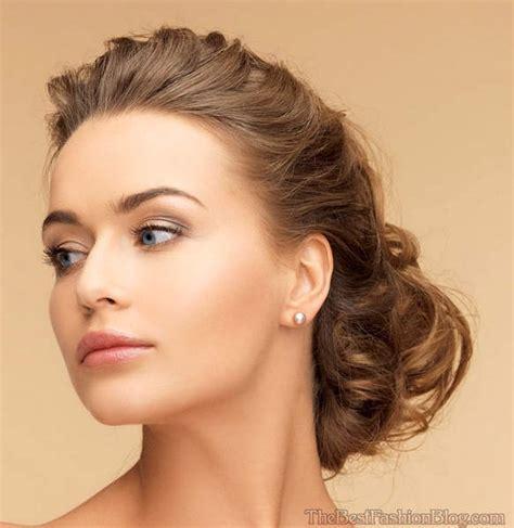 indian wedding hairstyles  medium length hair  adorn