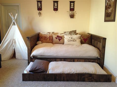 Size Day Bed by White Day Bed Diy Projects