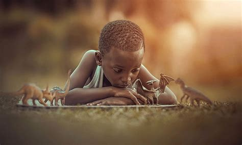artist photographs happy childhood moments  kids