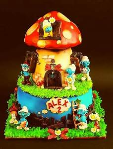 30 best images about Smurf Cakes on Pinterest   Birthday ...