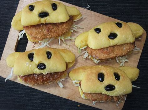 dog shaped hot dog sandwich