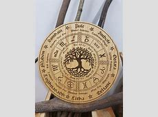 Wheel of the Year in Oak Pagan Wiccan tree of life