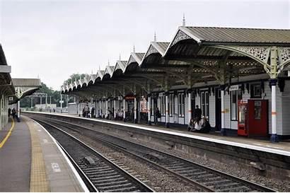 Station Kettering Railway Platform Trains Running Rail