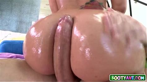 Oiled Up Big Booty Pawg