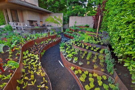 vegetable garden landscaping ideas bee home plan home