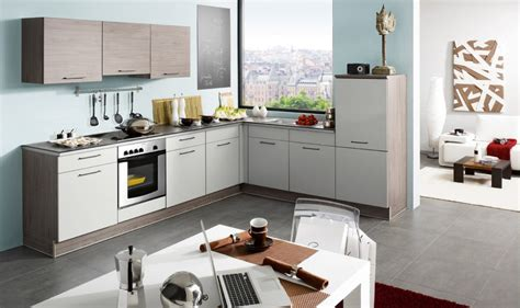 modele cuisine aviva 3 nouvelles cuisines îlot snacking et meubles hauts