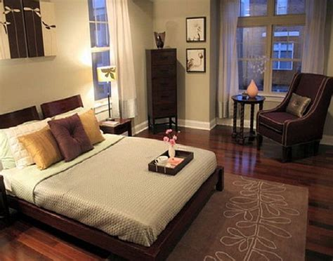 Apartment Bedroom Ideas by 17 Best Images About Small Apartment Bedroom Ideas On