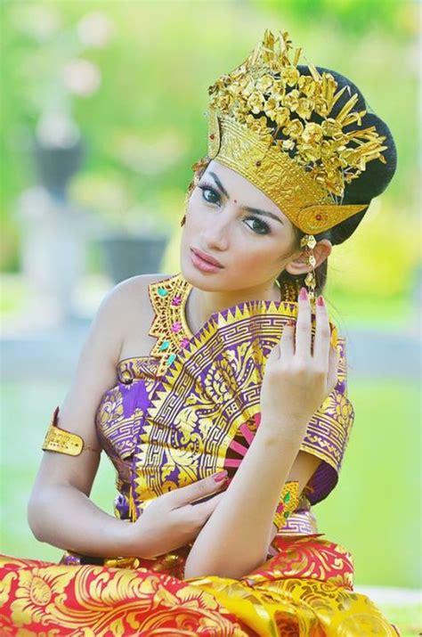 Costume Closet Jakarta by Balinese Fashion